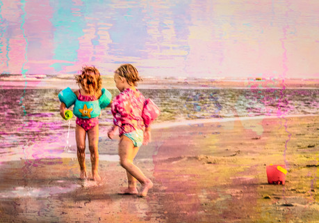 58162D - Fun on the Beach.jpg