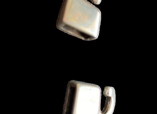 ABT001