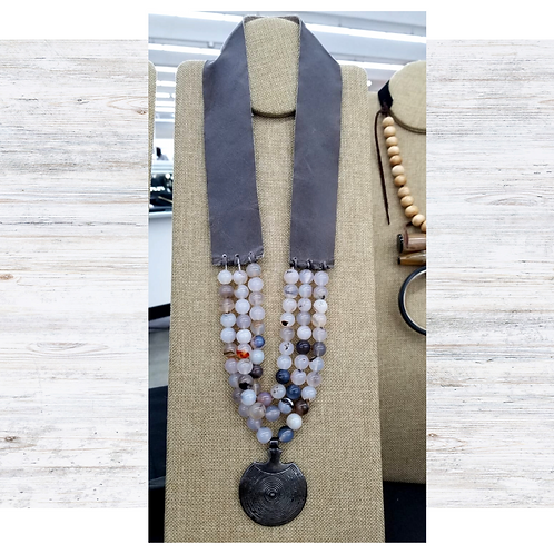 Gray Leather with Verigated Gray Agate Beads and Pendant