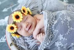 Olivia Newborn_14 copy.jpg