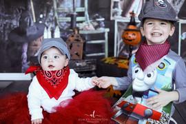 Alex & Zelda Halloween_1.jpg