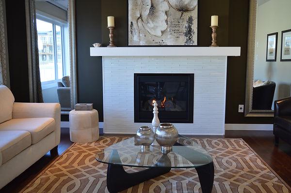 apartment-candles-chair-276728.jpg
