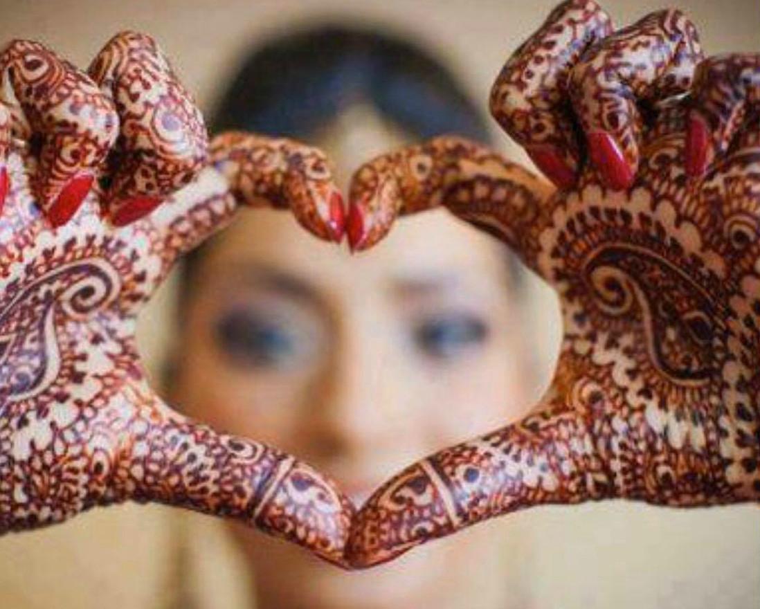 Henna HeART by Cora Schiller