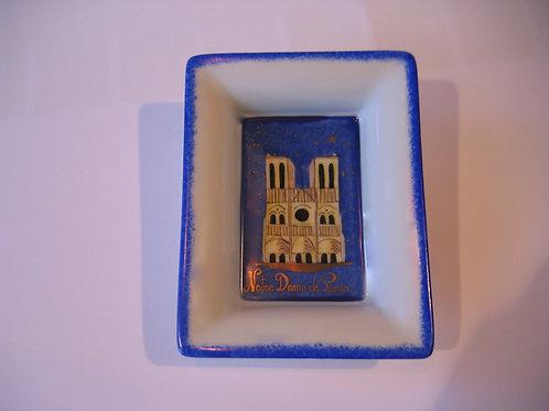 Vide poche Notre Dame de Paris de nuit
