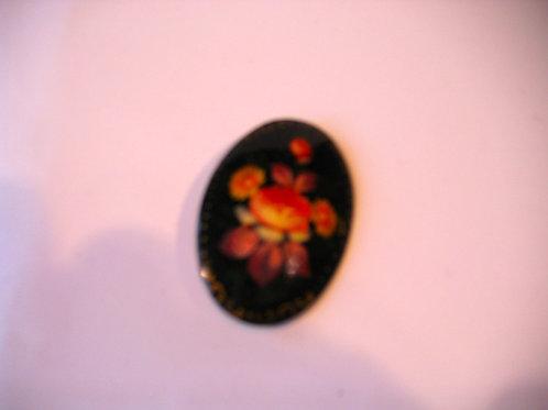 Broche ovale en laque Réf.006