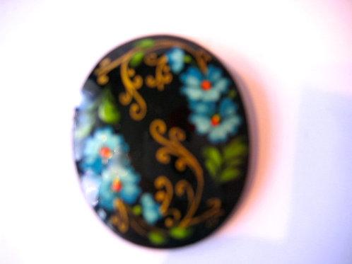 Broche ovale décor bleu réf. 003