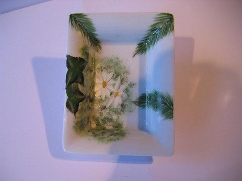Vide poche edelweiss sapin sur porcelaine de Limoges