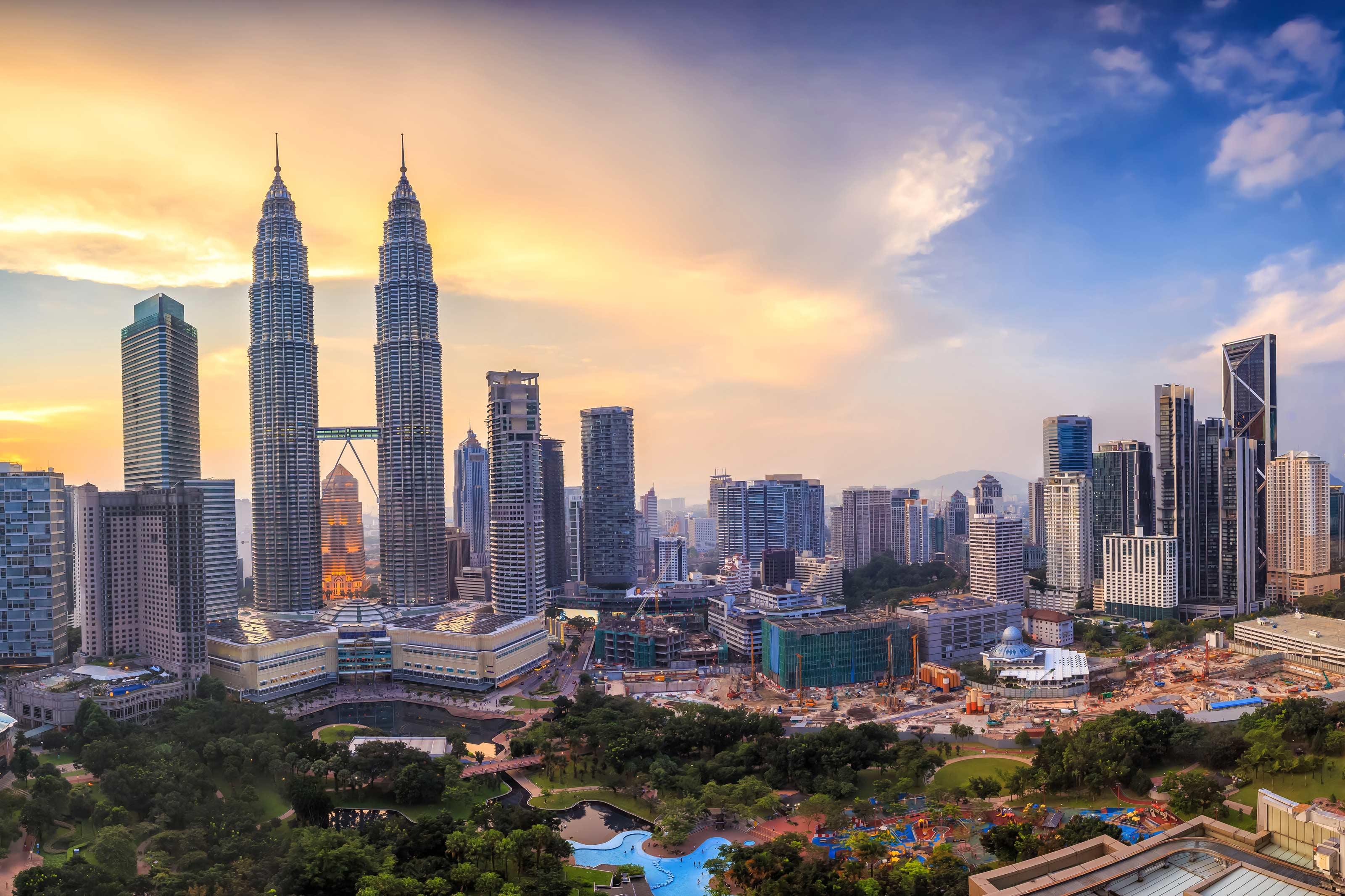 Top-view-of-Kuala-Lumper-skyline-at-twilight