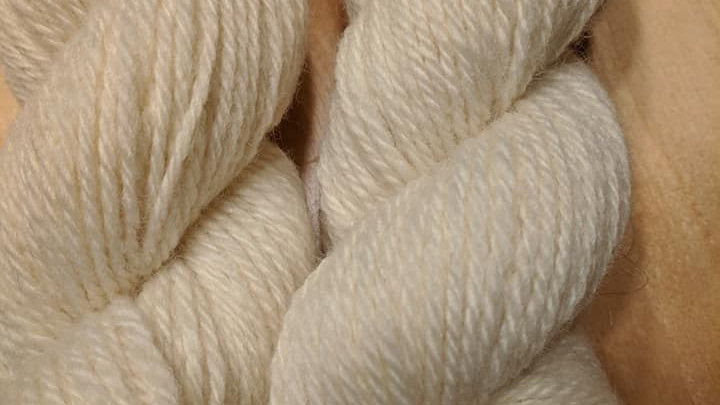 Snow White 3 ply worsted weight