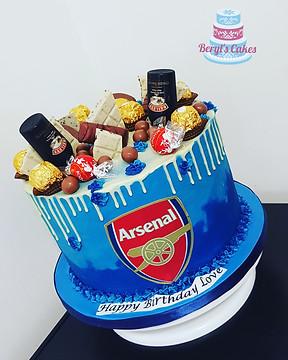 Arsenal Football Birthday Cake