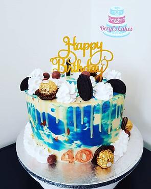 Marble buttercream cake