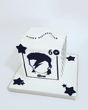 Bowie inspired square cake