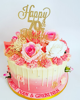 Pink ombre drip buttercream cake