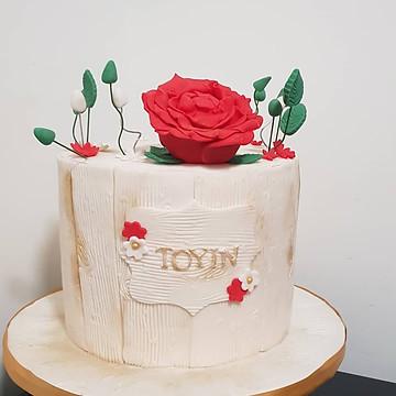 lady's rose cake