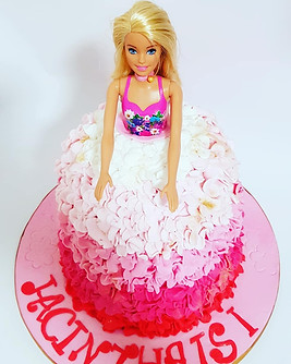 Ruffles ombre doll cake