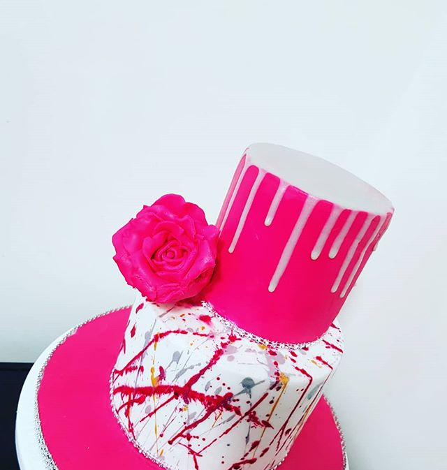 Colour spash and drip cake