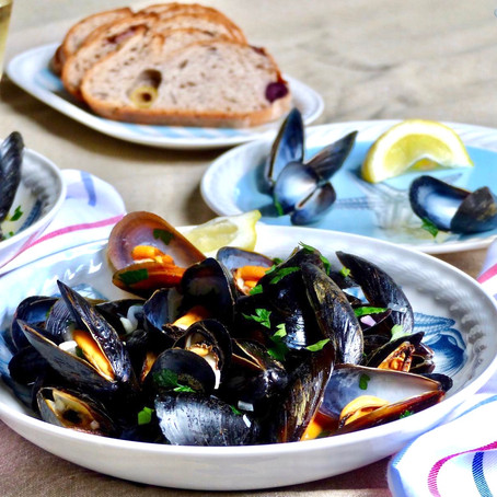 Mussels in White Wine (Moules Marinière)
