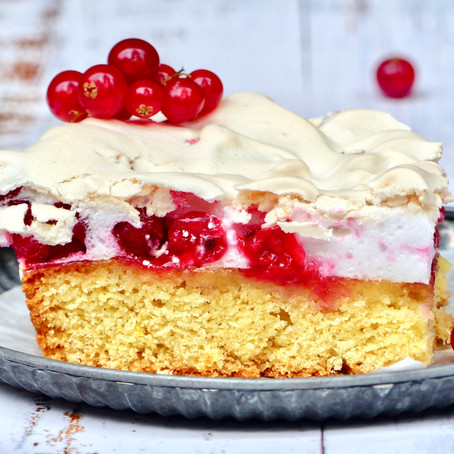 Red Currant Cloud Cake