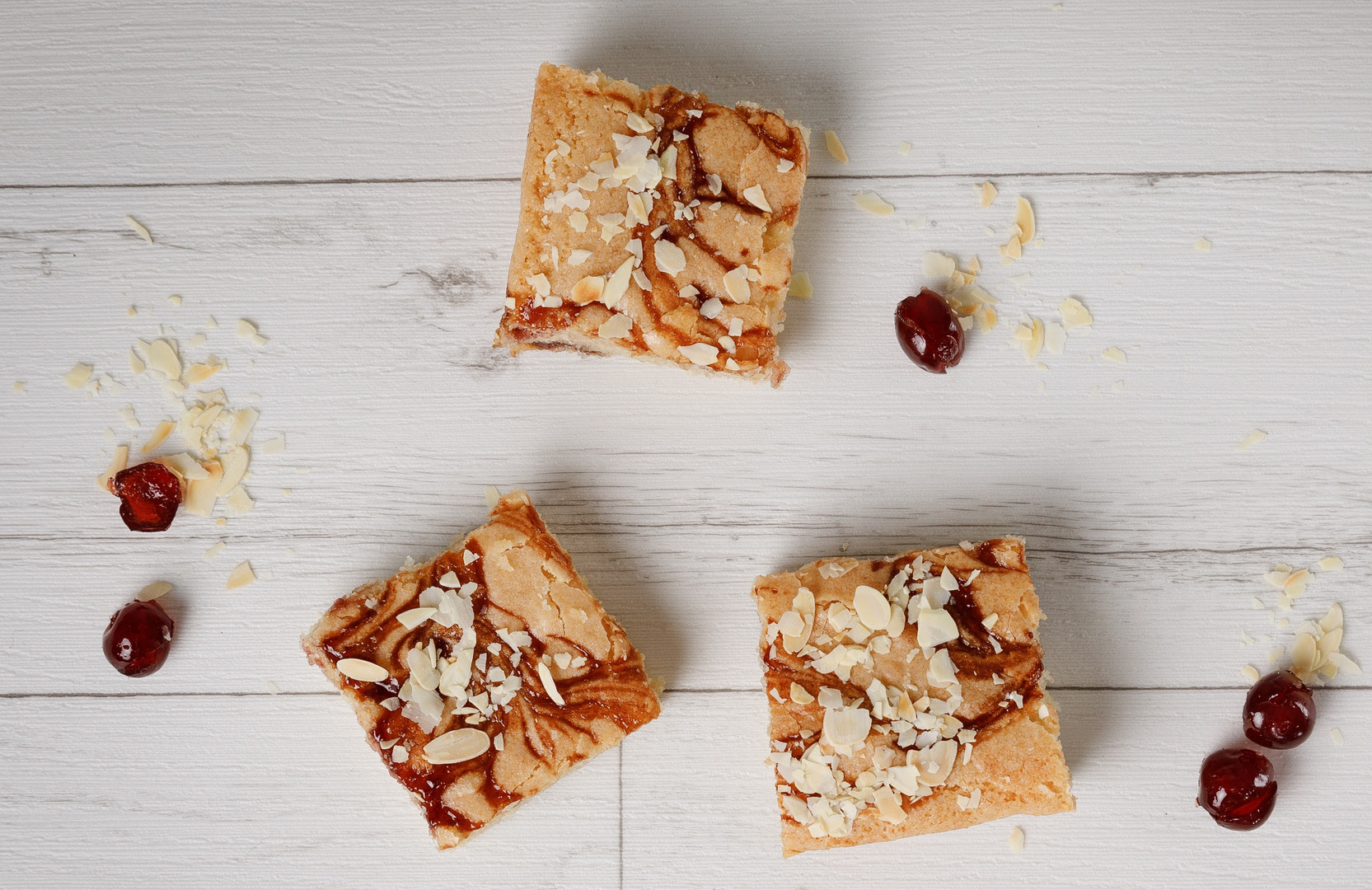 Cherry Bakewell Blondies