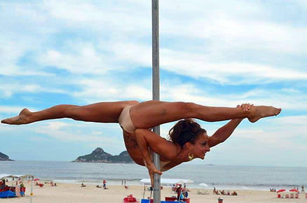 Marion Crampe, artiste pole dance française