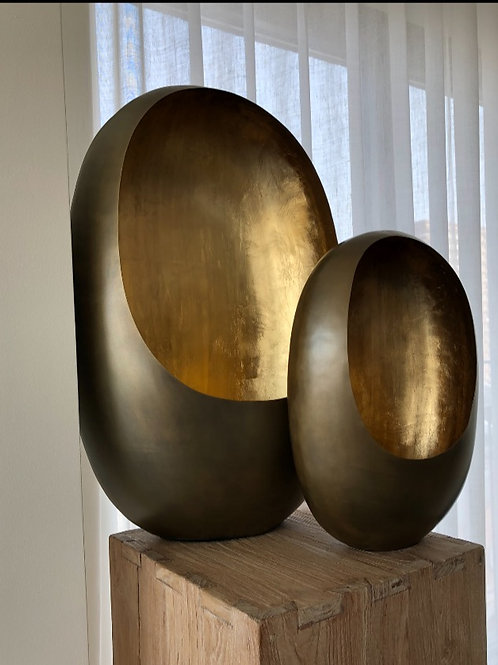 Dekocandle standing egg theelight (brass antique outside en gold inside)