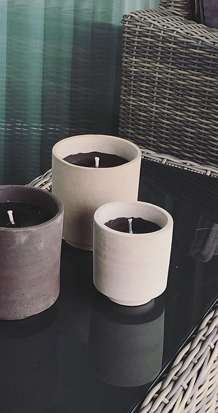Buitenkaars Terra cotta concrete black