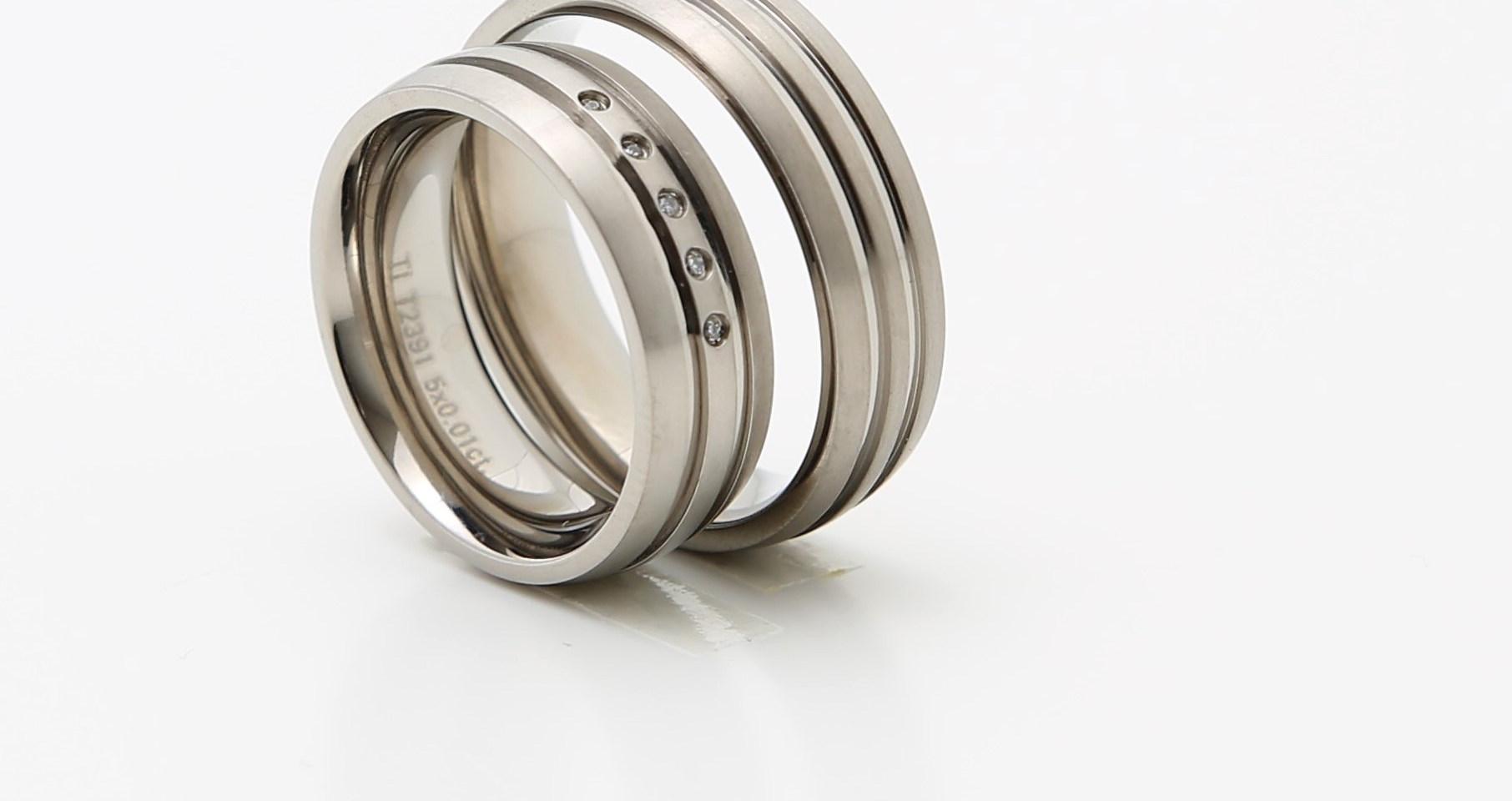 Titanium ringe