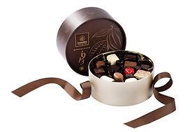 Dora-Brune-cacao-garniepralines-1024x706