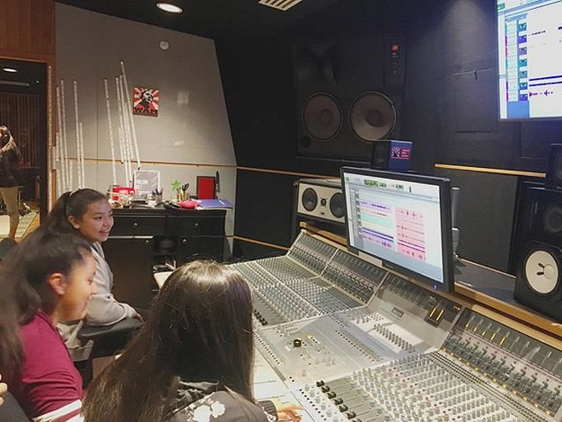 Young Women in Sound!