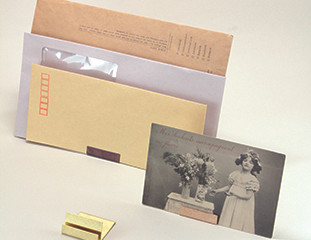 LETTER & PHOTO STAND