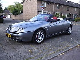 Alfa Spider (1994-2004).JPG