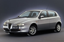 Alfa 147 (2000-2005).jpg