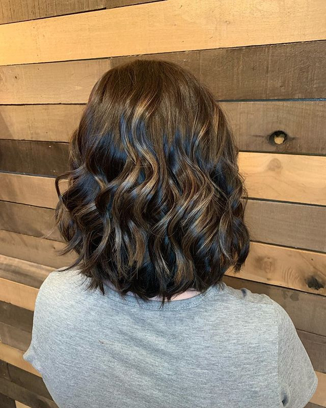 Love this fresh new cut and color on Ash