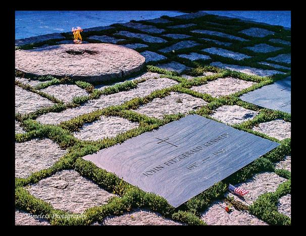 John F Kennedy Grave & Eternal Flame @ Arlington National Cemetery