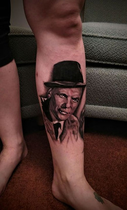 Got to snag a healed photo of Frank Sinatra just 5 days after being tattooed , redness is just from