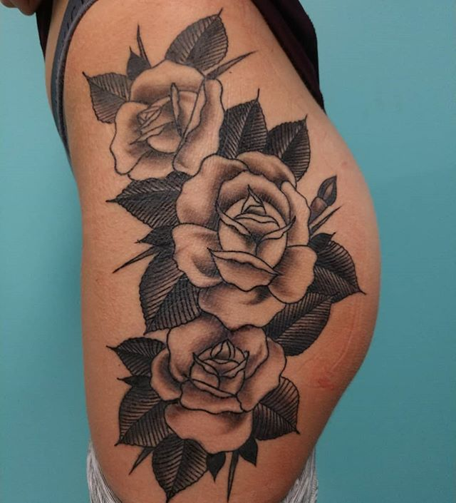 Got a healed photo of the Rose thigh pie