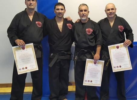 Entrega de los primeros cinturones negros de Hapkido Reality-based and Survival Training