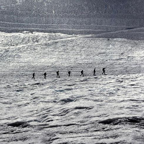 gleccsermászók.jpg