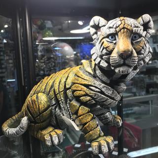 Tiger decor