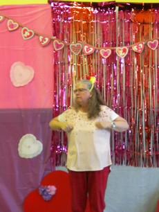 Julie danced to the chicken dance!