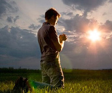 Hombre orando.jpg