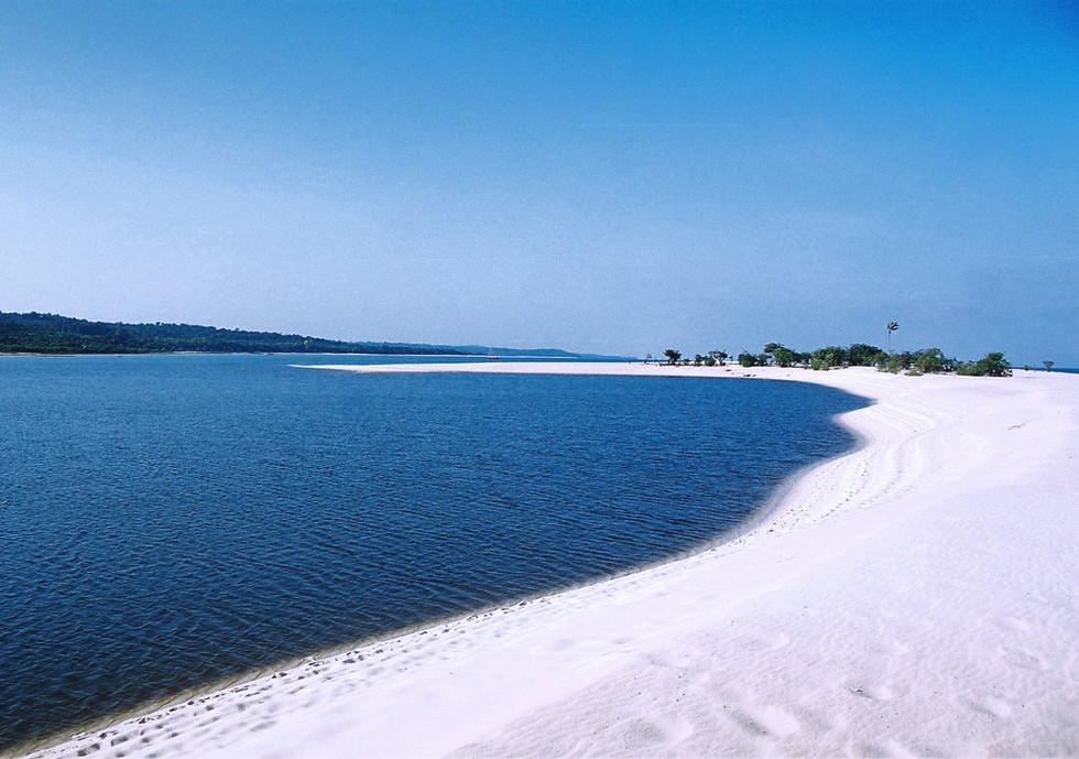 Ponta do Maguari, no rio tapajós.