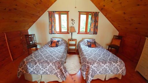 Loft- mezzanine, bed room