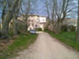 camping Simiane Haute Provence Luberon.Location gîtes chalets. Chalet en bois massif dans un sous-bois
