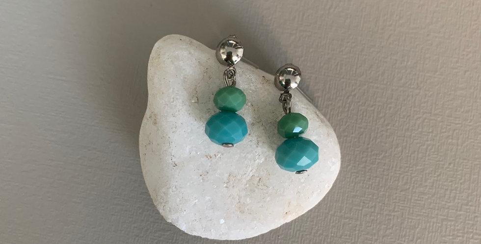 Brinco pequeno cristais azul e verde