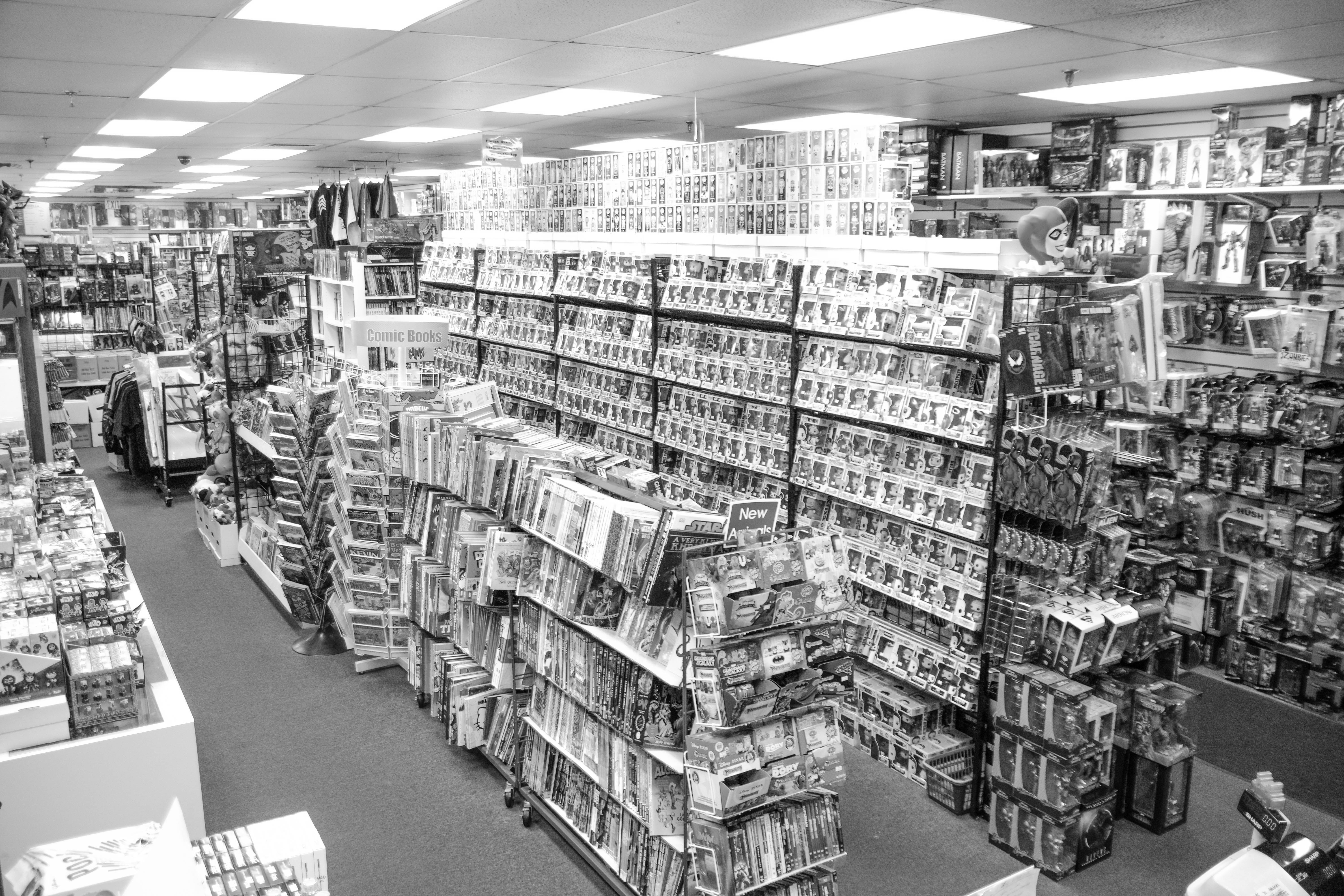 store photos front end b&w