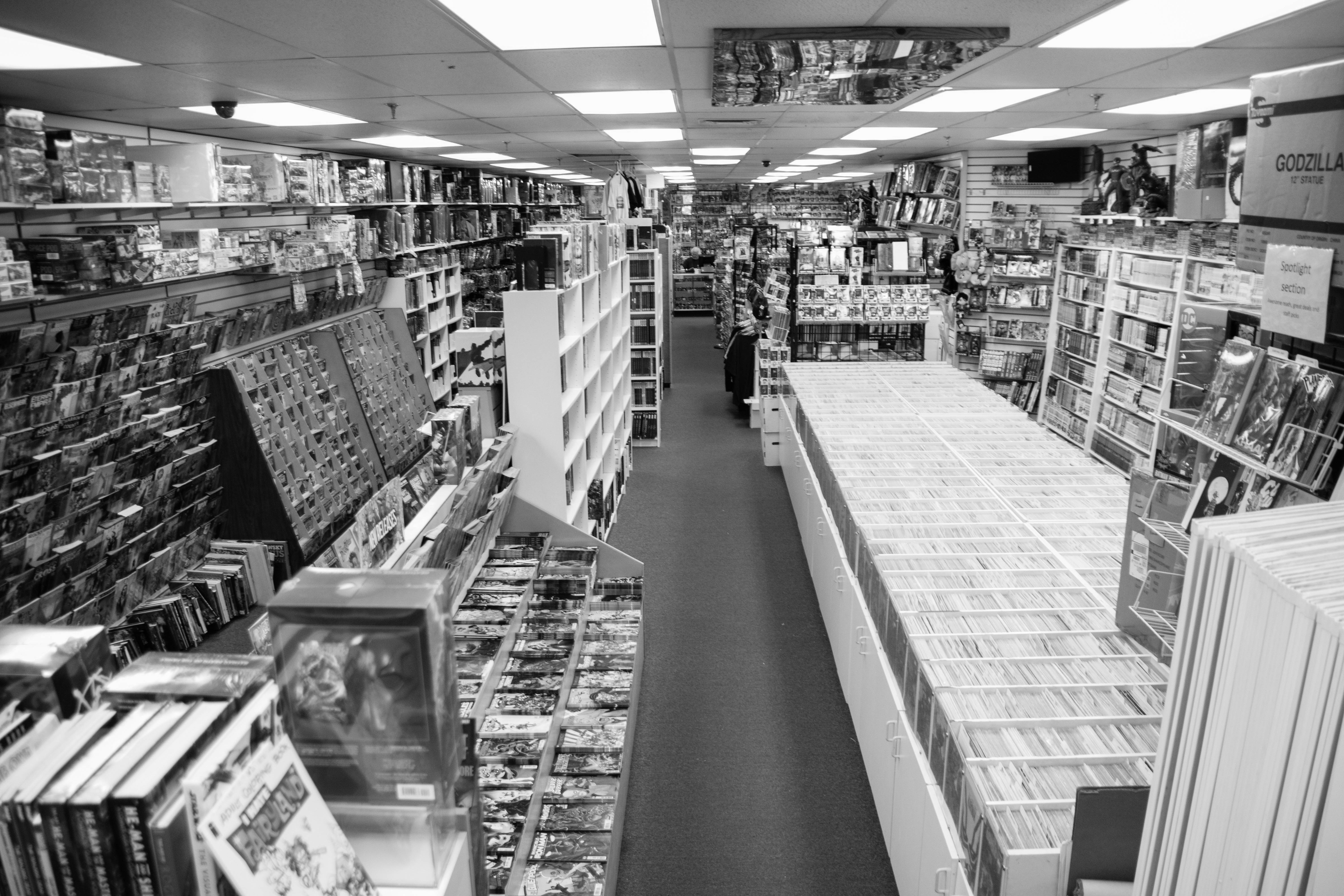 store photos back end b&w