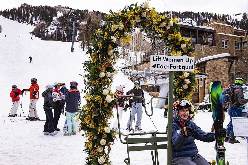 Ski Parade 9.jpg