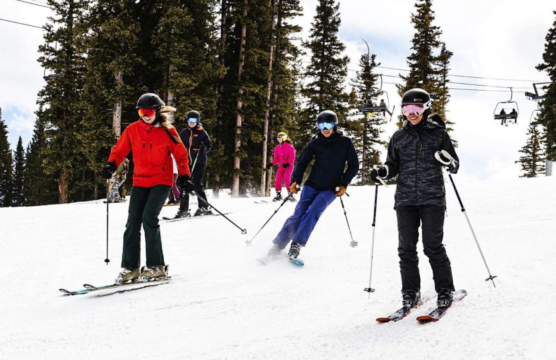 Ski Parade 7.png