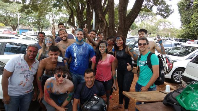 Alunos da Faculdade JK do Guará promovem Trote Solidário